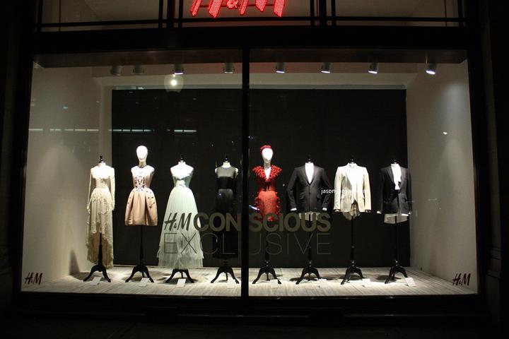 H M Windows At Regent Street London Retail Design Blog