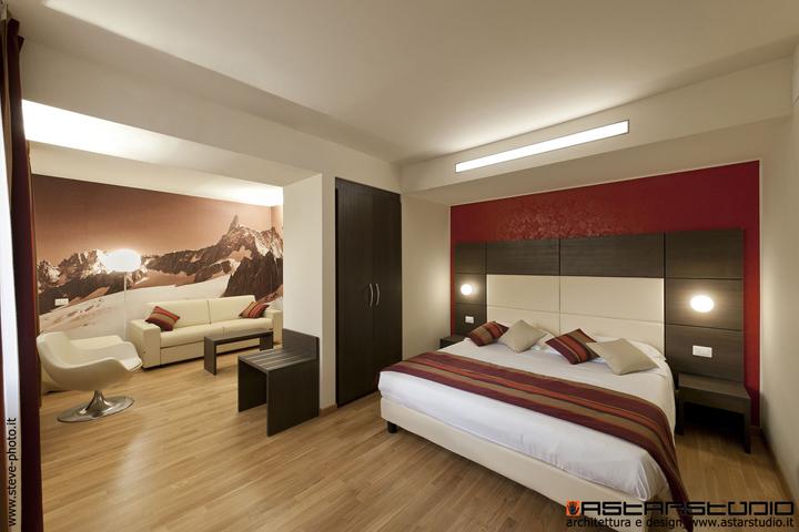 Hb aosta hotel by astarstudio aosta italy retail for Design hotel italia