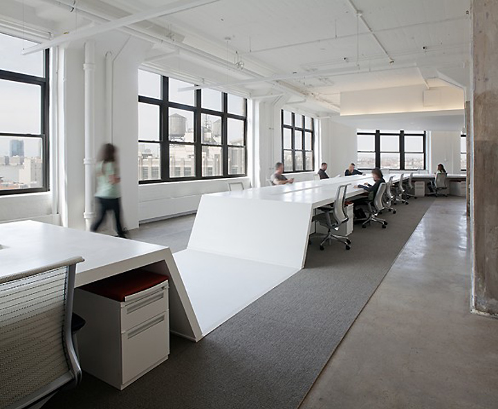 Horizon media offices by a i architecture new york for Office interior design nyc