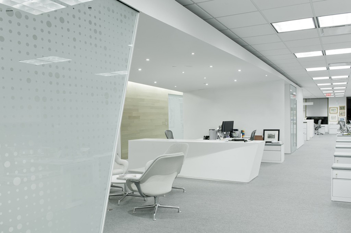 minimal office. This Minimal Office