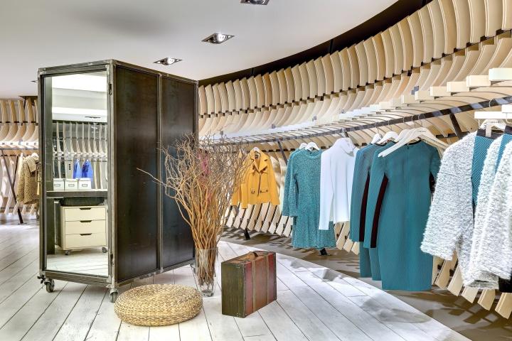 VIGOSS Textile Showroom And Design Office By Zemberek