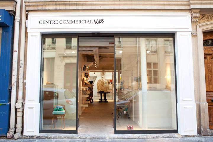pop up stores centre commercial kids store paris france retail design blog. Black Bedroom Furniture Sets. Home Design Ideas