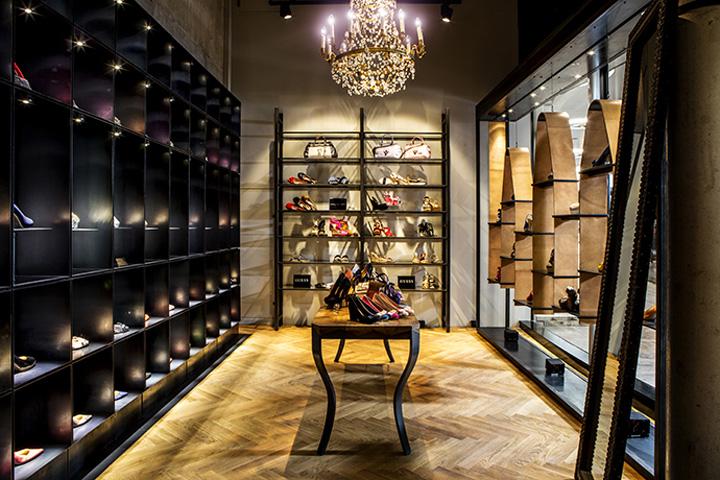 delicate footgear shoe store by bespoke munich germany. Black Bedroom Furniture Sets. Home Design Ideas
