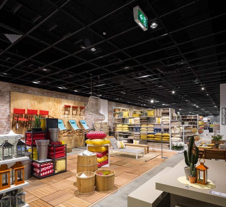 Light Warehouse Sydney: » Freedom Store By McCartney Design, Sydney