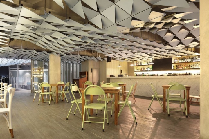 Ize hotel by studio tonton seminyak bali indonesia for Design hotel bali