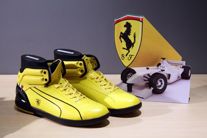 Inde Marchandise Ferrari Pumas mPub0