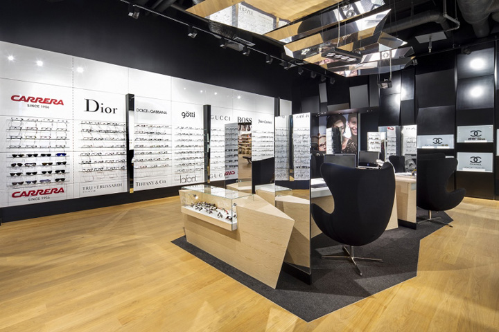 d7305ed0eb Trendy by Vision Express optician saloon by EMKWADRAT Architekci ...