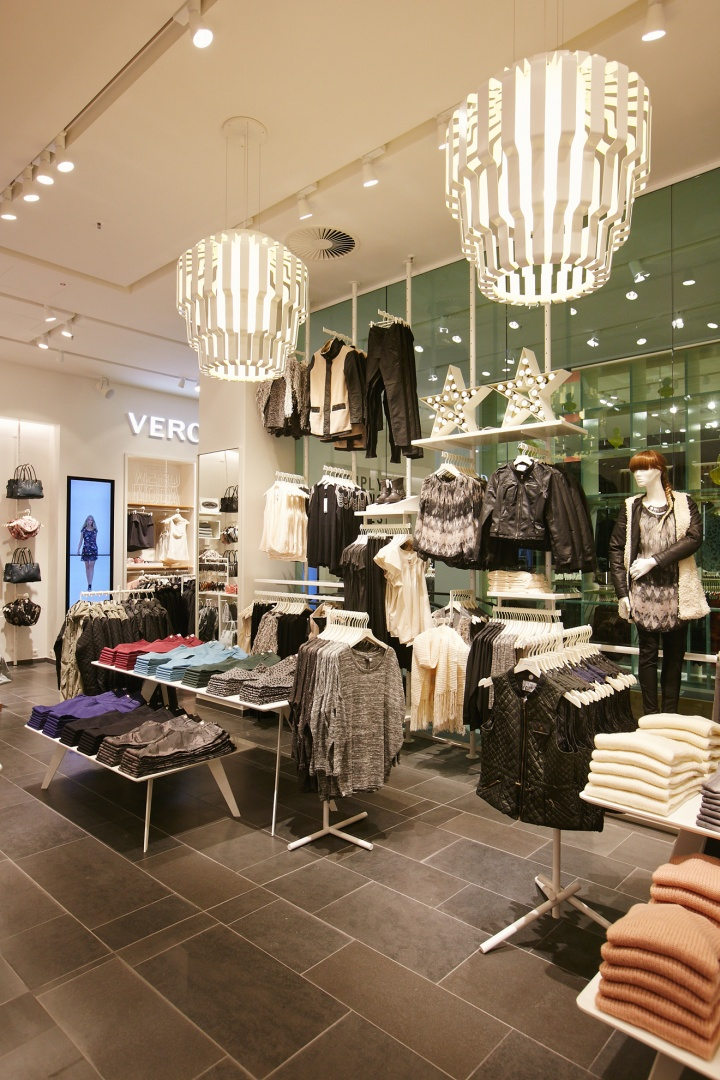 Vero moda flagship store at alexa mall by riis retail for Design shops berlin