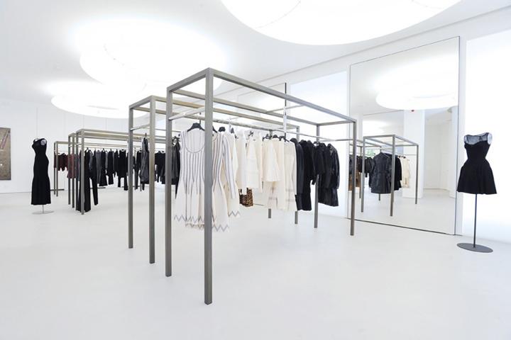 azzedine ala a boutique by pierre granger paris france retail design blog. Black Bedroom Furniture Sets. Home Design Ideas