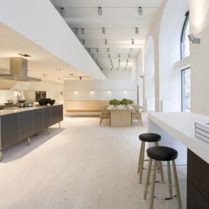 furniture showrooms brunner furniture showroom by mcdowell benedetti london. Black Bedroom Furniture Sets. Home Design Ideas