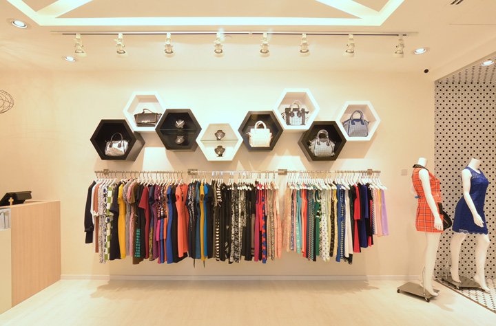 Fashion boutique by knq associates singapore retail for Boutique interior designs