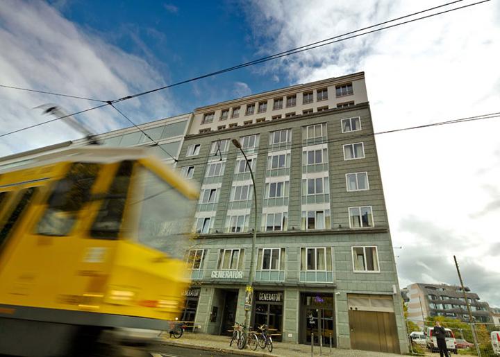 generator hostel by the design agency mark asipowicz ester bruzkus berlin retail design blog. Black Bedroom Furniture Sets. Home Design Ideas