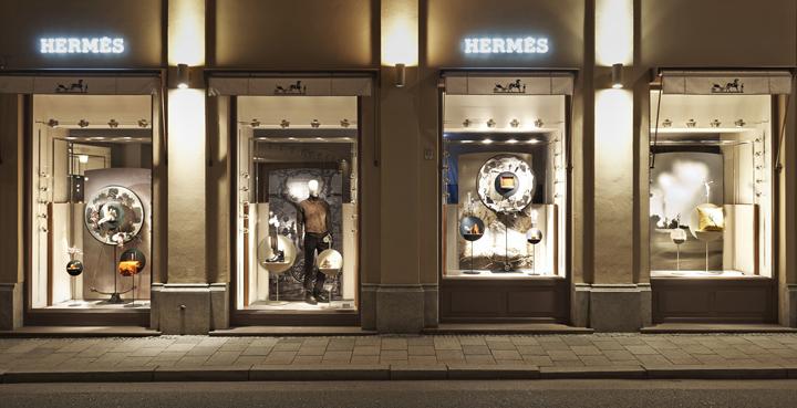herm s shop displays by tim john fall 2013 germany. Black Bedroom Furniture Sets. Home Design Ideas
