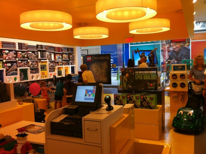 TOY STORES! LEGO store, Delaware » Retail Design Blog