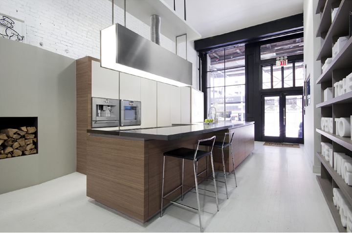 Kitchen showrooms pedini kitchen showroom new york city for Kitchen design showroom