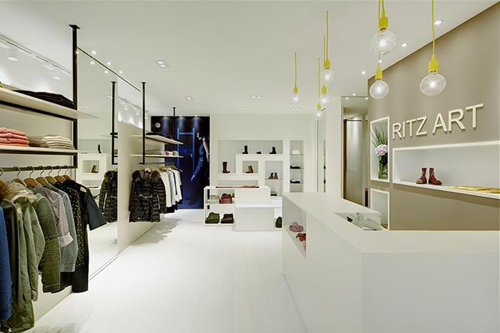 Fashion retail design blog for Designer stuhle outlet