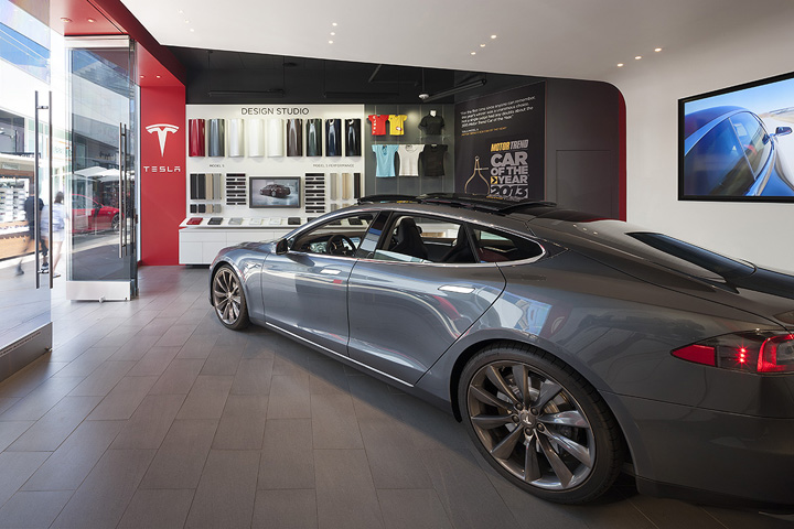 Tesla Showroom By Mbh Architects Los Angeles California