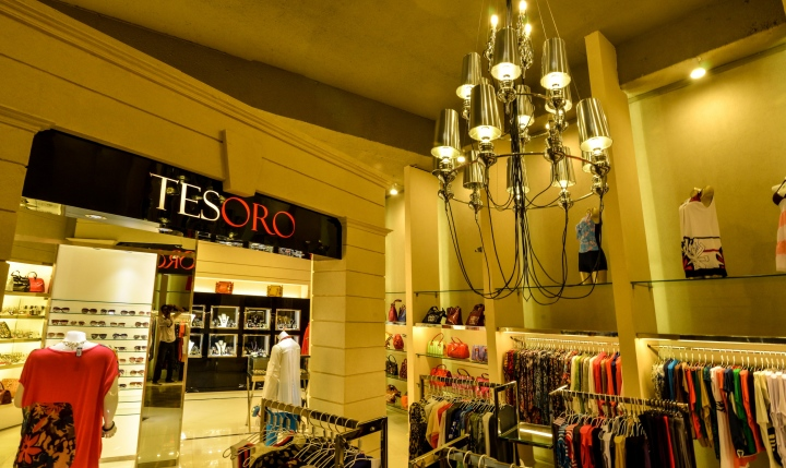 Tesoro Fashion Store By N Design Team Karachi Pakistan