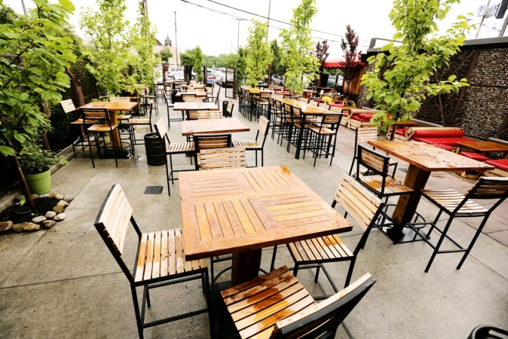 Townhall Restaurant Bar And Urban Cafe By Anise E Nakhel Dog Friendly Places Cleveland The Patio