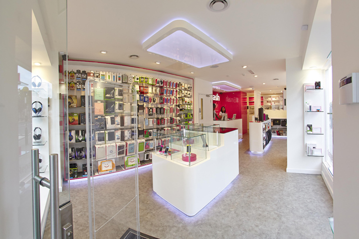 Ismash store by green room london uk retail design blog for Green room retail