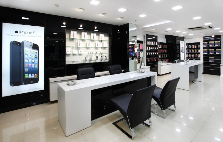 Channel 9 By Four Dimensions Retail Design Bangalore
