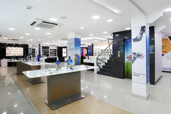 Awesome Electronic Store Interior Design Ideas Pictures - Trend ...