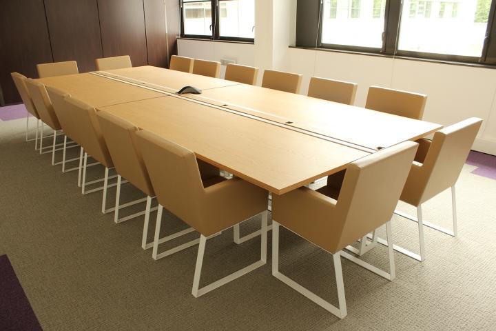 Esi Group Offices Severin Line Furniture By Alex De