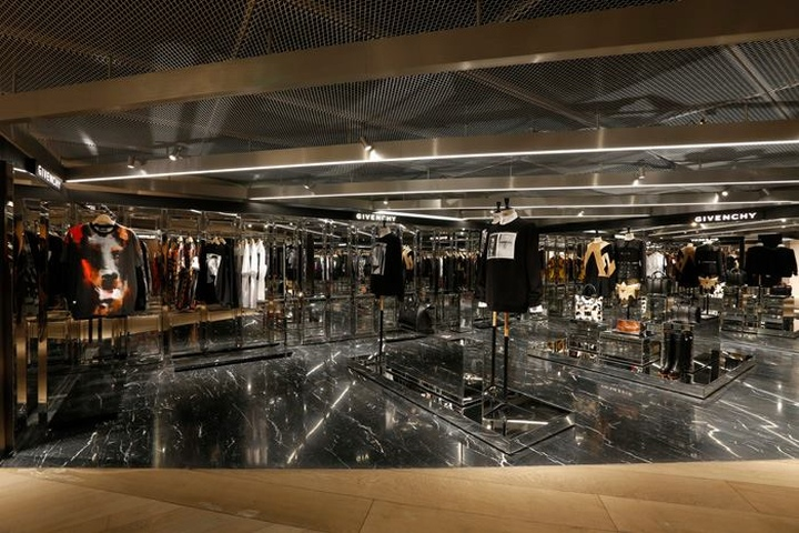 187 I T 25th Anniversary Store At Parkview Green Beijing
