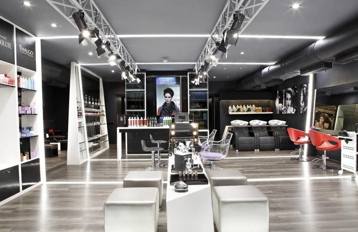 187 Lakme Absolute Salon By Figments Inc Pune India