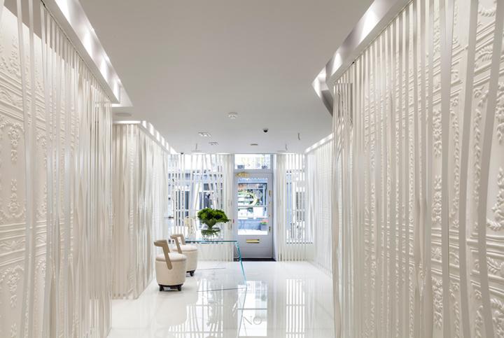 On Motcomb Store By Ammar Basheir London 187 Retail Design Blog