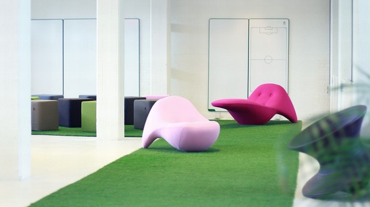 ... Innovative Design Furniture, Full Of Whiteboards And Modular Furniture  Pieces That Can Be Moved Around To Change The Place To Goal Of The Day: ...