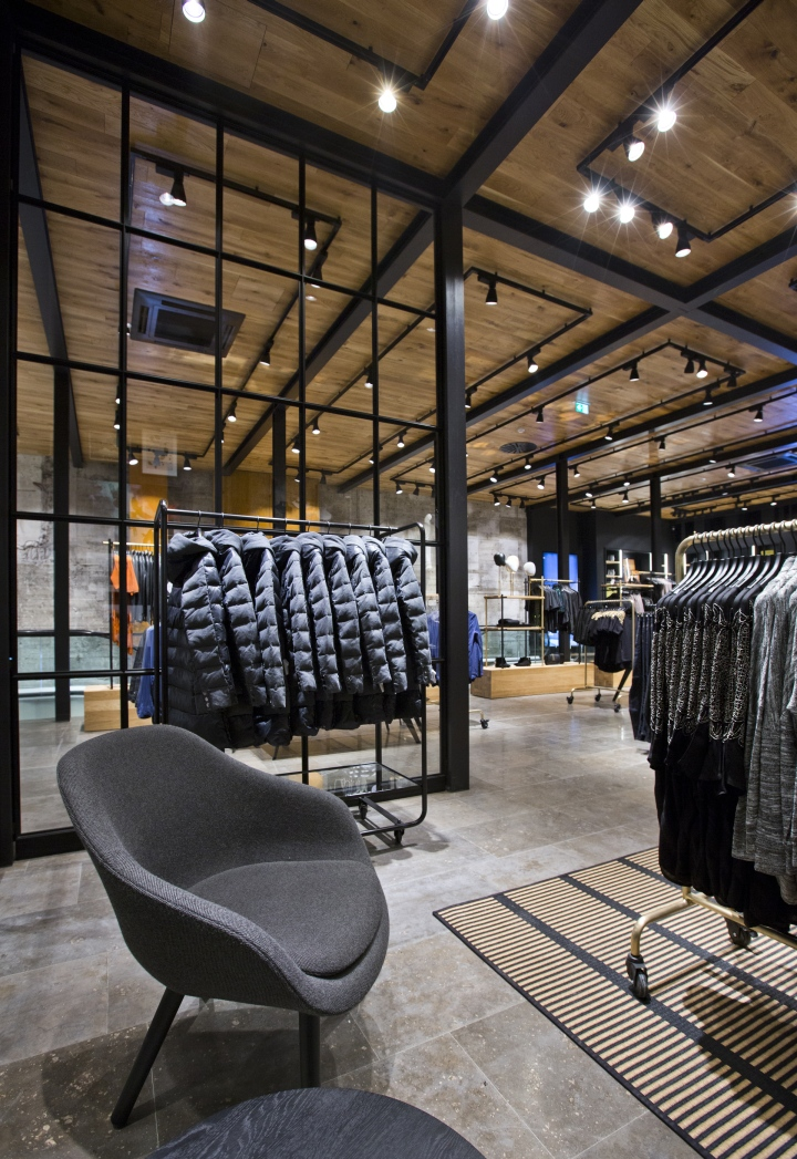 Vero moda flagship store at k nigstrasse by riis retail for Design economico