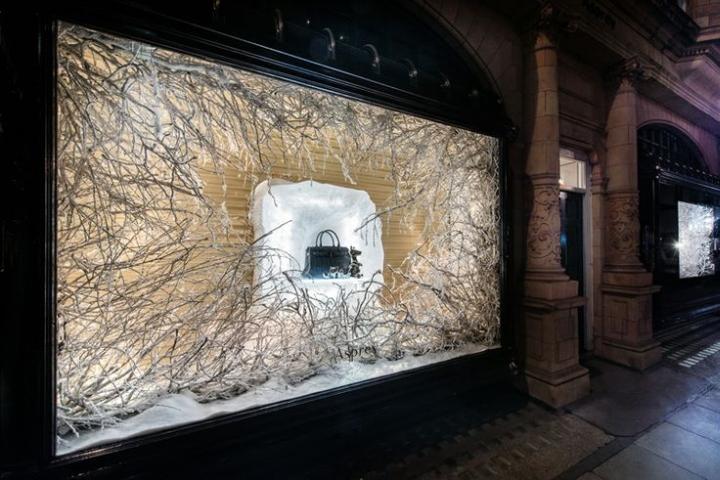187 Asprey Christmas Windows By Millington Associates London