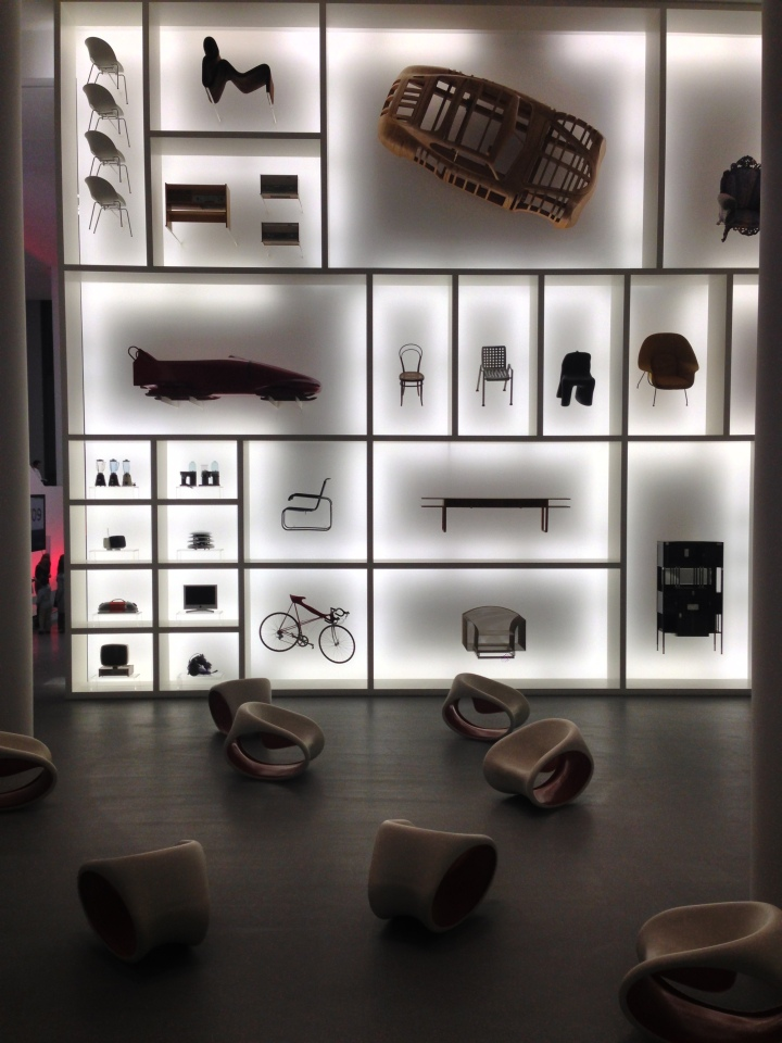 Modern Exhibition Stand Out : Audi design wall at pinakothek der moderne munich germany
