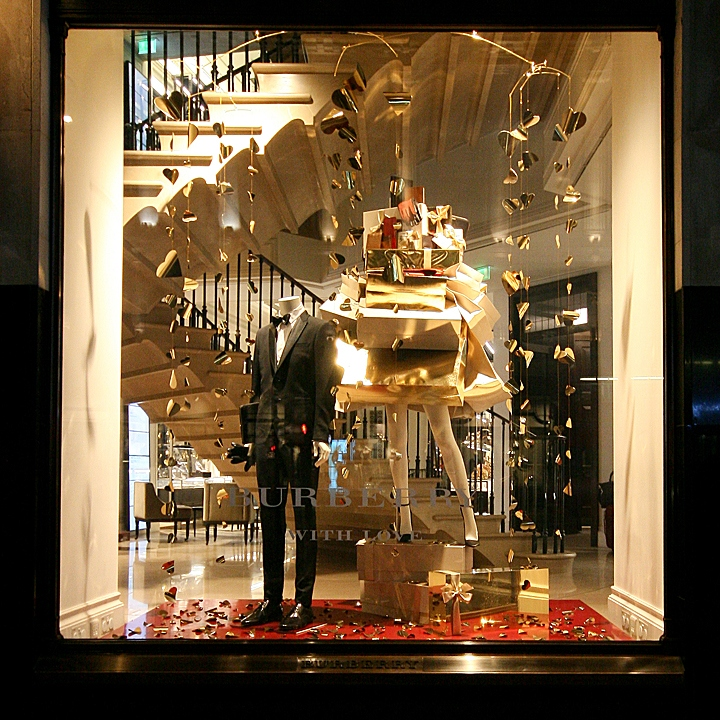 Home Entrance Design: » Burberry Windows 2013 Winter, London