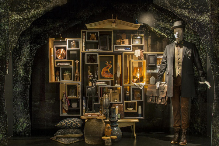 187 De Bijenkorf Holiday Windows By Uxus Amsterdam