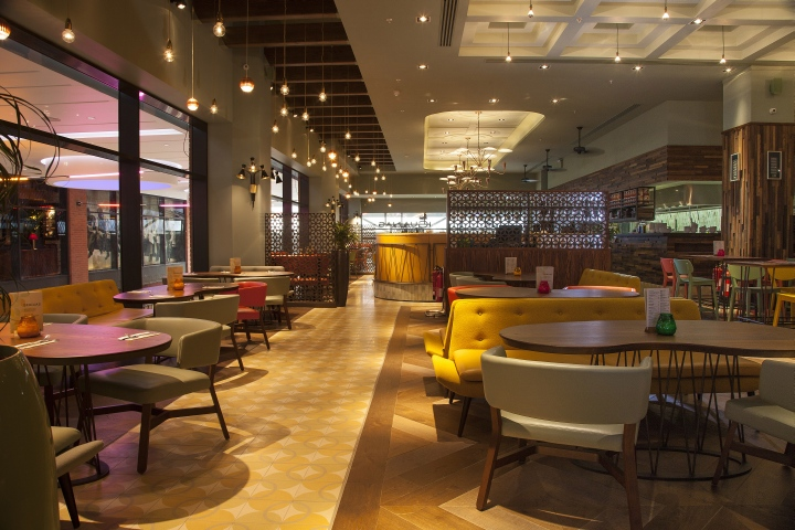 Las iguanas restaurant by b3 designers london retail for Restaurant design london