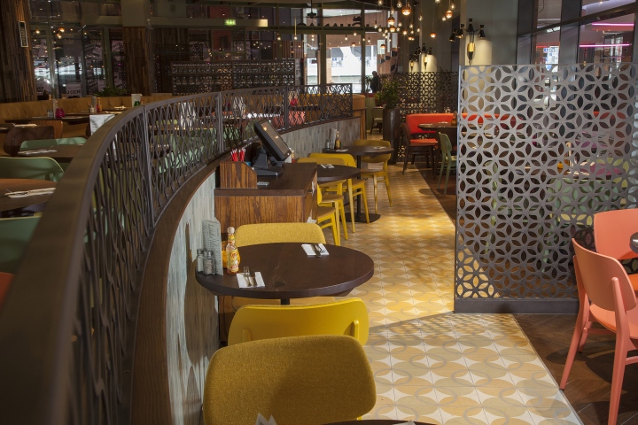 las iguanas restaurantb3 designers, london » retail design blog