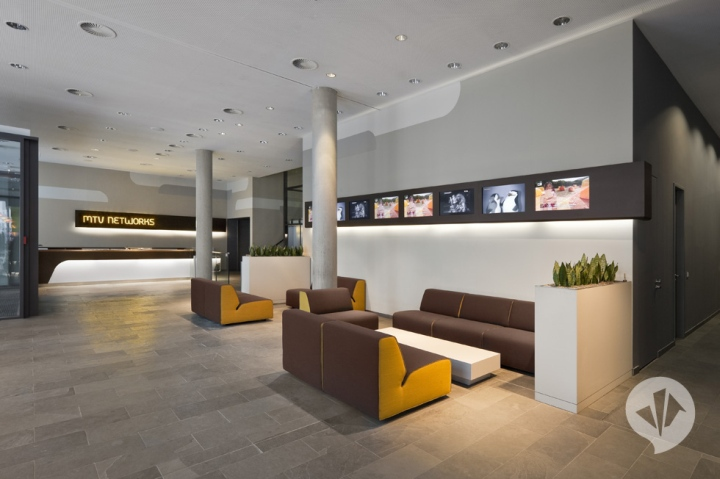 187 Breakout Areas Mtv Networks Headquarter By Dan Pearlman
