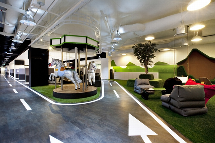 Breakout areas singtel call centre by sca design for Office interior design ideas singapore