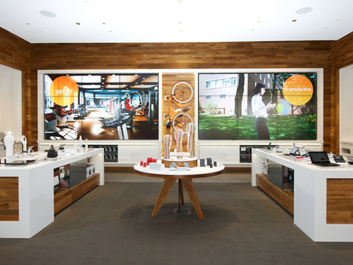 187 Mobile Stores At Amp T Flagship Store Chicago Illinois