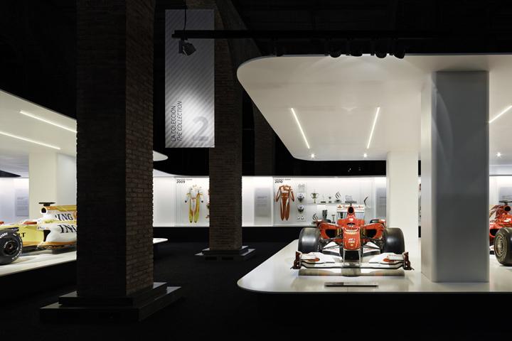 - Fernando-Alonso-exhibition-by-Isern-Serra-Sylvain-Carlet-Mediapro-exhibitions-Spain