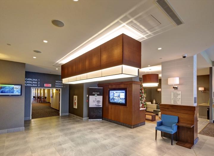 187 Marriott Courtyard Montreal Airport By Camdi Design