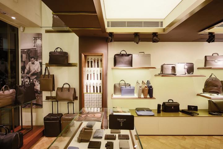 Serapian milano store by laboratorio 83 hong kong for Store design milano