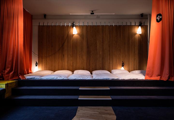superbude ii hotel hostel by dreimeta hamburg germany. Black Bedroom Furniture Sets. Home Design Ideas