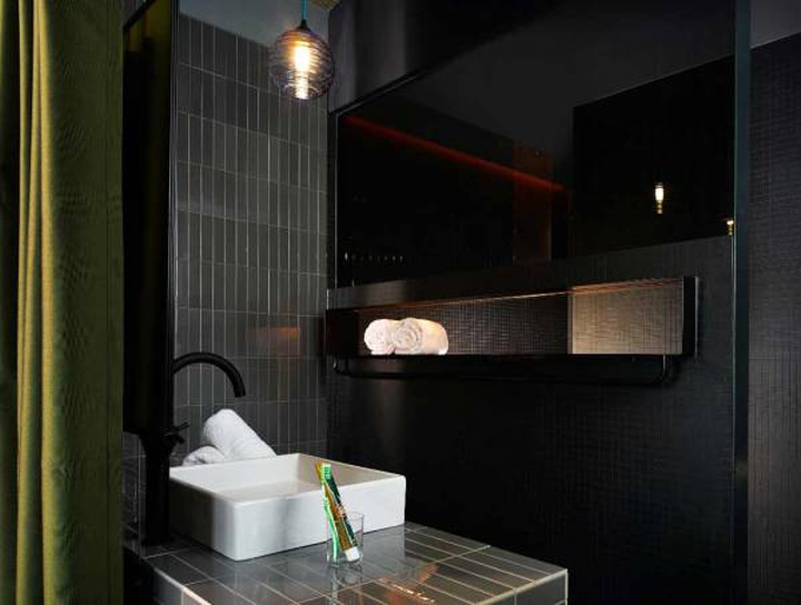 25hours hotel bikini by studio aisslinger berlin. Black Bedroom Furniture Sets. Home Design Ideas