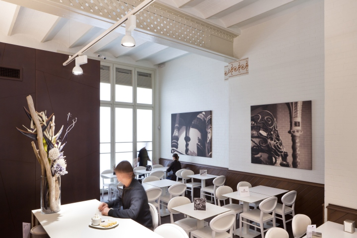 Bresc Chocolate Shop By Desafr Barcelona Spain Retail Design Blog