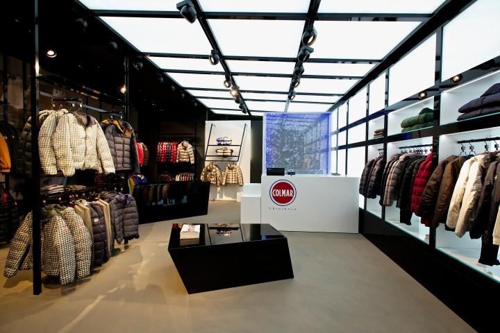 Colmar originals store by giraldi associates architects for Design shop berlin
