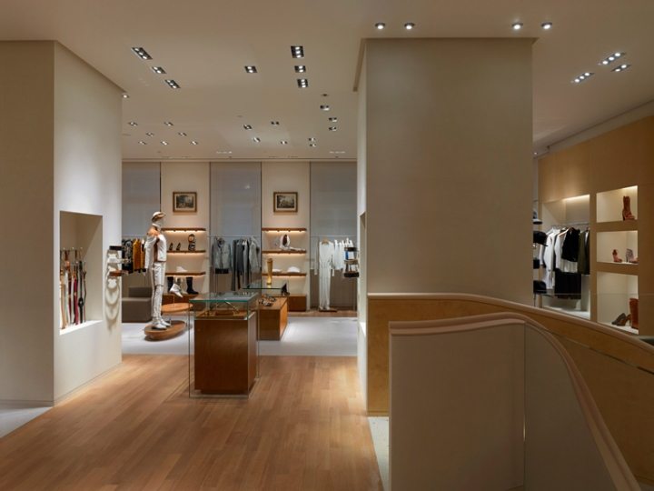 Herm s flagship store milan italy for Interior design negozi