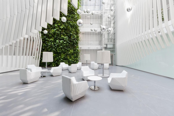 an overall renovation of building interiors kkcg on the street in vinohrady prague the main concept was to capture quality and future direction office u2 office